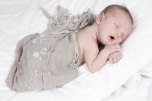 10 Poses for newborn photography